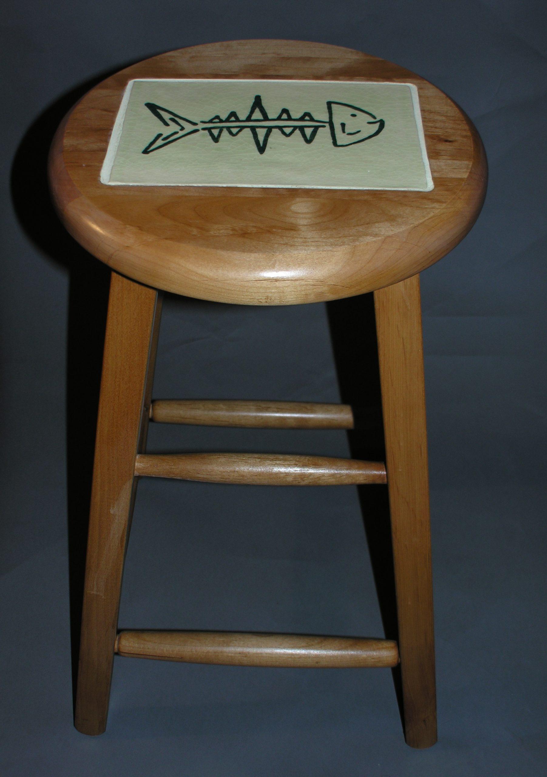 ja stool 3